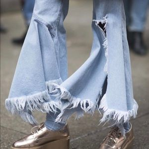 Style Mafia Denim - Super flared denim jeans mid rise frayed wide legs