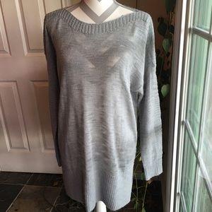 Lou & Grey Sweaters - 🌺Lou & Grey lightweight sweater
