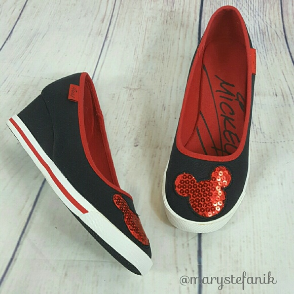 Cute Disney Mickey Mouse Canvas Wedges Size 8