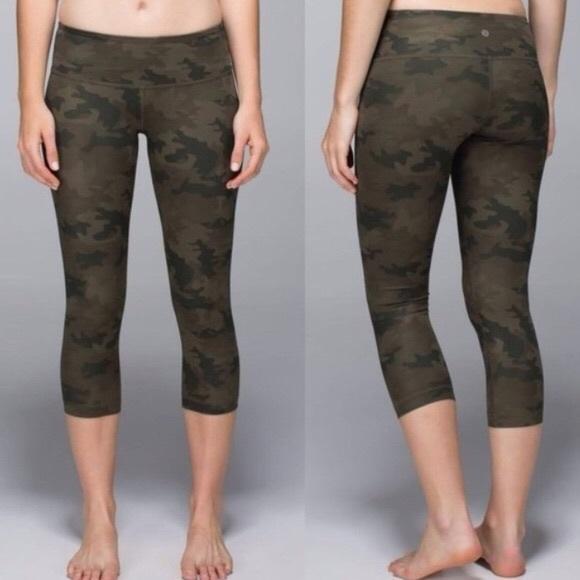 a71f7e0d7d lululemon athletica Pants - Lululemon Camo Wunder Under Crop Yoga Pants 4