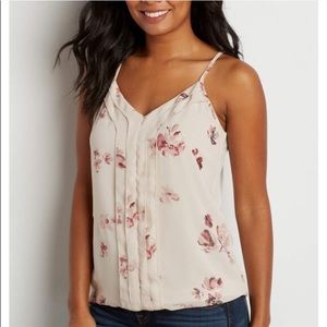 Maurices Tops - *NWT* Floral Top with Shimmer Accent