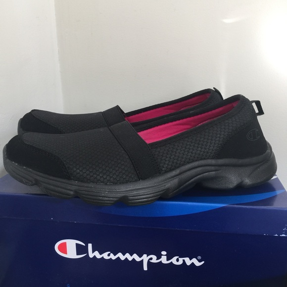 0e5d14ca005c17 Champion Shoes - Champion Unwind Detente 7 1 2M Black. Worn once.