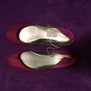 Exhilaration Shoes - NWT! Hot pink sparkly ballerina flats. Never worn.