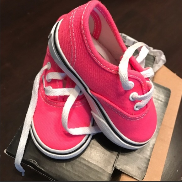 a5a2090596 Vans hot pink baby girl shoes 4.5. M 5828c2e978b31ca3d507e9ee