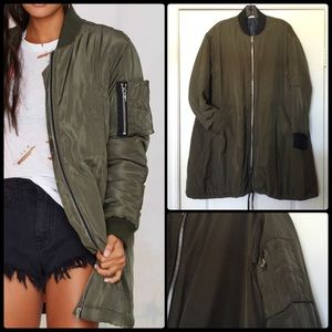 YFB ON THE ROAD 💣 Longline Bomber NWT