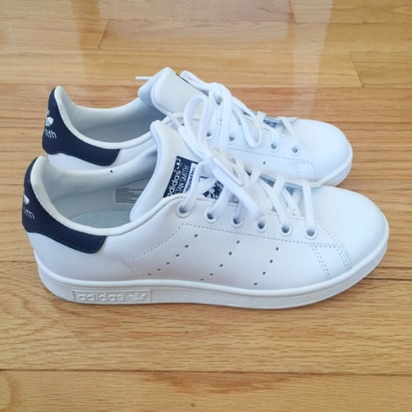 meilleur site web 1162f 657f5 Adidas Stan Smith Navy Blue size 4.5Y/6.5 women