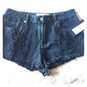 NWT black denim distressed shorts SZ 5