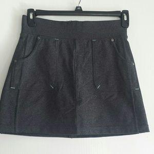 Athleta running skirt with shorts