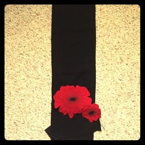 Moma Accessories - Wool poppy scarf