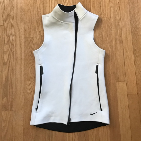 Nike Womens White Thermafit Vest