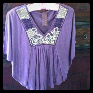 Butterfly top with embroidery