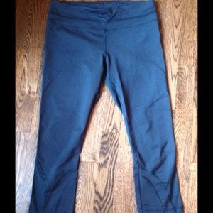 lululemon athletica Pants - Lululemon Black Run Inspire Crops