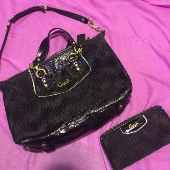 832adce812 Coach Handbags - Authentic Coach handbag and matching wallet.
