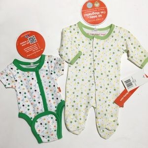Magnificent Baby Other - Magnificent Baby Green Yellow Star Footie & Kimono