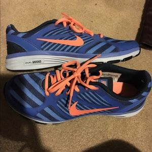 Brand new women's Nike running shoes size 7