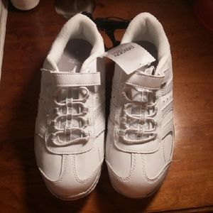 Danskin Now Other - White sneakers