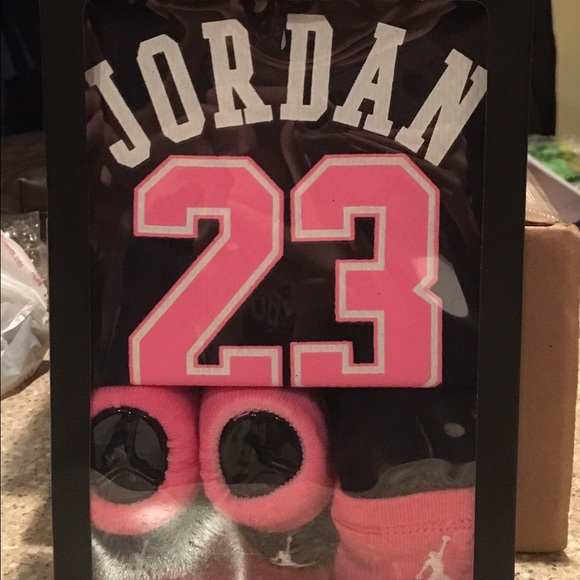 07e62a20345d56 Baby girl Jordan 3 piece infant set. New in box