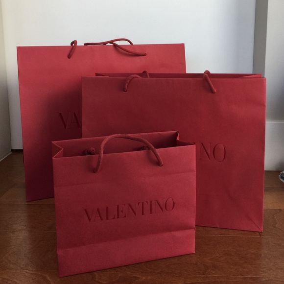 Valentino red paper shopping bag 3 sizes all mint.  M 58291f13bcd4a795a60957c5 e4e4f43f886
