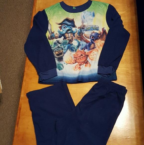 Skylanders Boys 2-Piece Button Front Long Sleeve Fleece Pajama Set Size 6
