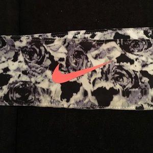 Nike Other - Nike tie headband
