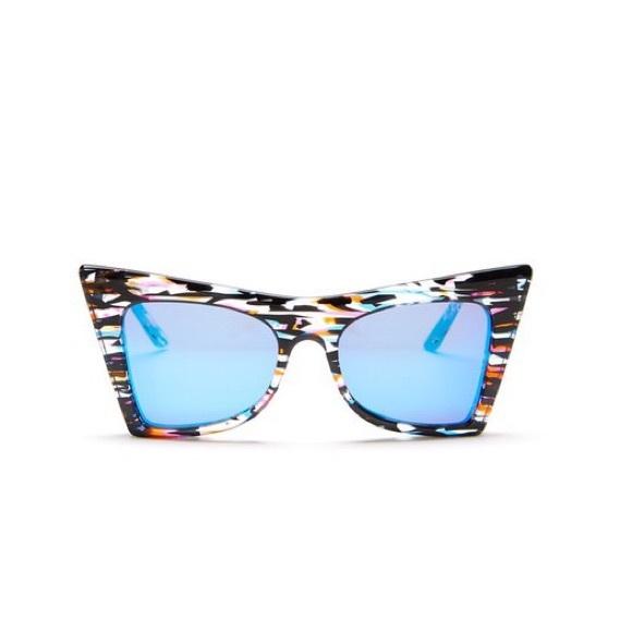 143f6f58d6657 NWOT WildFox Ivy Deluxe Cat Eye Sunglasses. M 58293943a88e7d80bb09ebbb