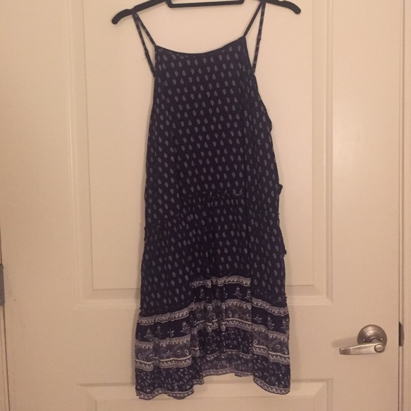 Lulu 39 s dresses skirts blue patterned dress from lulus for Online stores like lulus