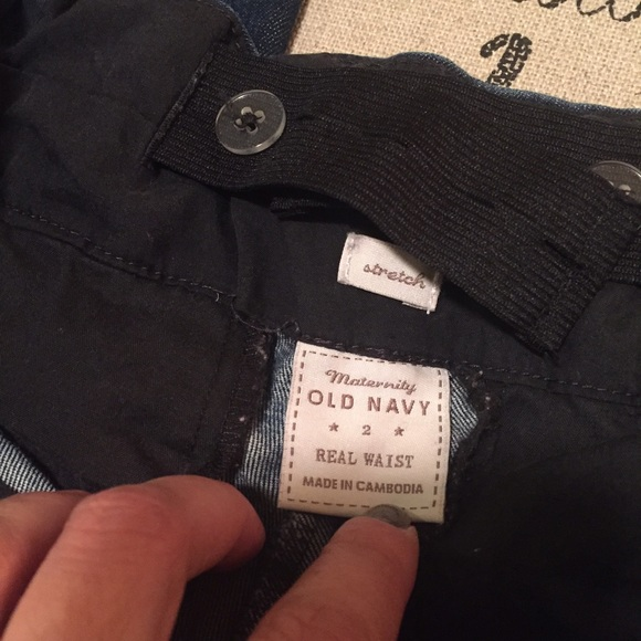 "Old Navy Jeans - 💋FINAL SALE💋Maternity jeans size 31"" inseam"