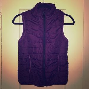 Purple / Plum Super Cute Puffer Vest size Small