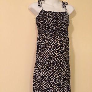 Maternity maxi dress size medium