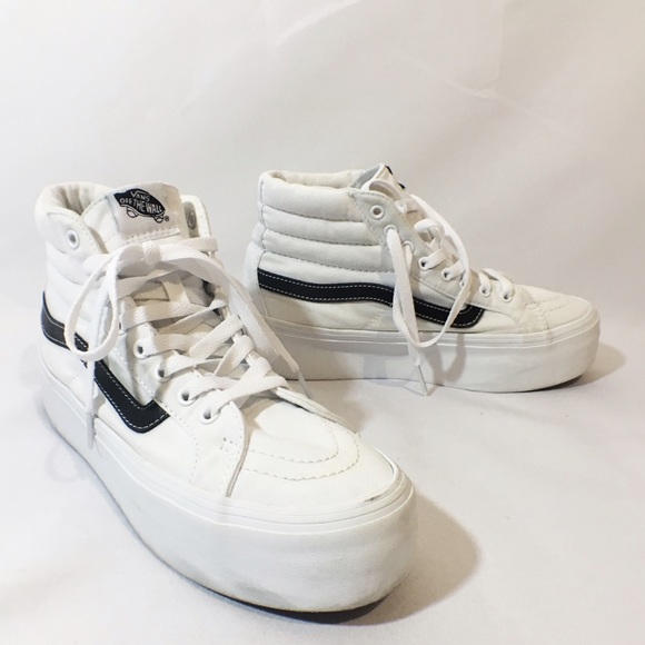 bd5315c7c22 VANS white high top platform sneakers. M 582964d113302a6feb0a6f2e