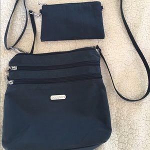 Baggallini Handbags - BAGGALLINI BAG