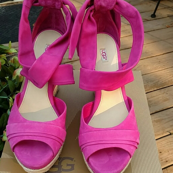 Ugg hot pink Lucy Wedges!