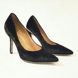 SALVATORE FERRAGAMO SUZI 8 C velvet black heel