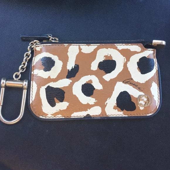 2e2a5b3859a Gucci Accessories - 💕Gucci Card Holder Key Chain💕 AUTHENTIC