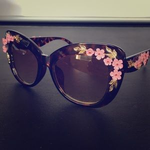 Accessories - Embellished Floral Acrylic Sunglasses