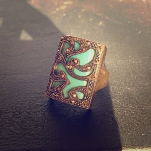 Jewelry - Gorgeous Turquoise and Crystal ring