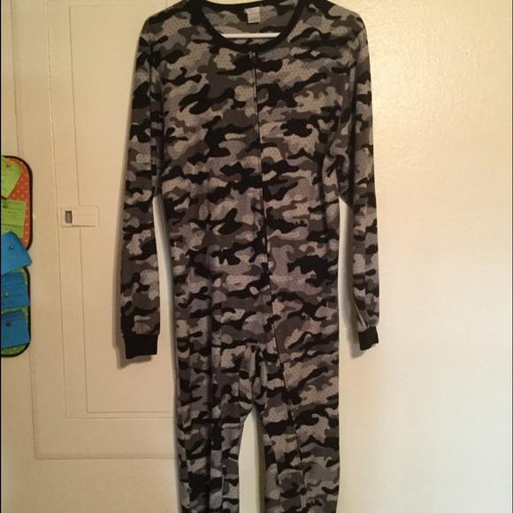 Cherokee Intimates Amp Sleepwear Grey Camouflage Footed