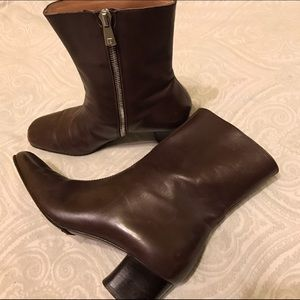 NEW LISTING Bally Boots 6.5 37