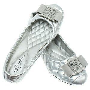 Tory K Shoes - Tory K Women Wedge Pumps w. Buckle b1395w, Silver