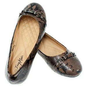 Tory K Shoes - Women Ballerina Flats with buckle b1388, Brown
