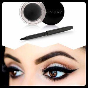 Mary Kay Other - JET BLACK gel eyeliner