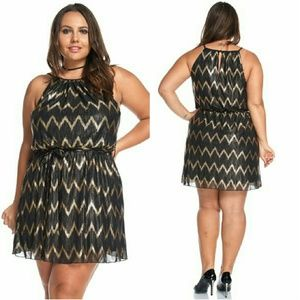 Dresses & Skirts - Plus size gold and black dress 1x 2x
