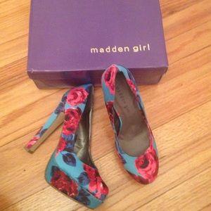 Steve Madden Shoes - NWT Madden Girl-Steve Madden rose print platform