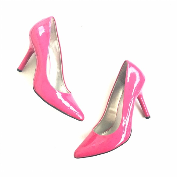 38 bandolino shoes pink pointy toe pumps from