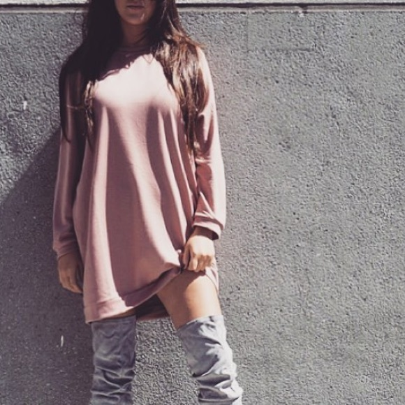 70978757a4a oversized sweater dress nude. NWT. Missguided