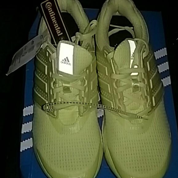Adidas zapatos NWT Price Drop  mujer Energy Boost 2 poshmark
