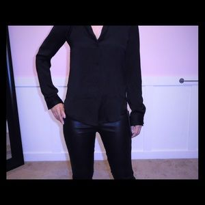 Tops - Aritzia Talula button down blouse XXS