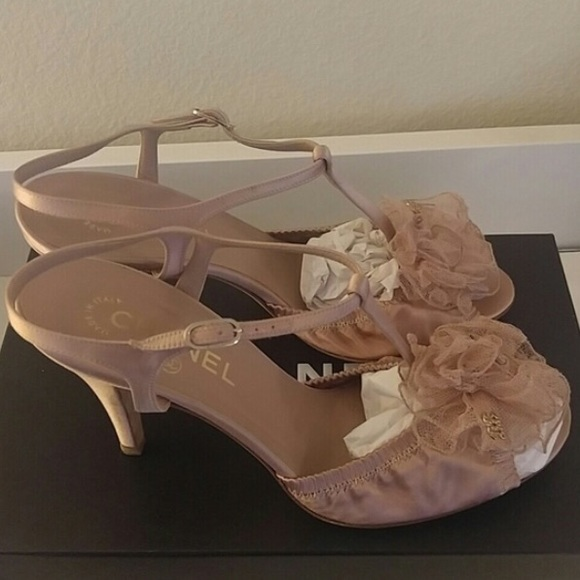 8f6b8f5aa5cb CHANEL Shoes - Rose pink satin Chanel heels