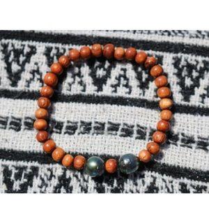 Jewelry - Custom Elastic Tahitian Pearl Bracelet