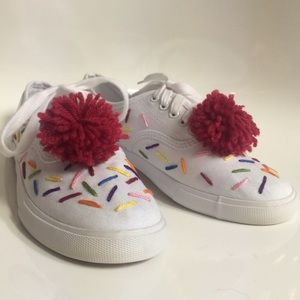 🍰 Cupcake Sprinkles Cherry Lace White Sneakers